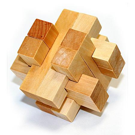 Головоломка деревянная в картонной коробке К45