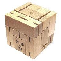 Открыть инструкцию Головоломка деревянная в коробке Робот от Эврика